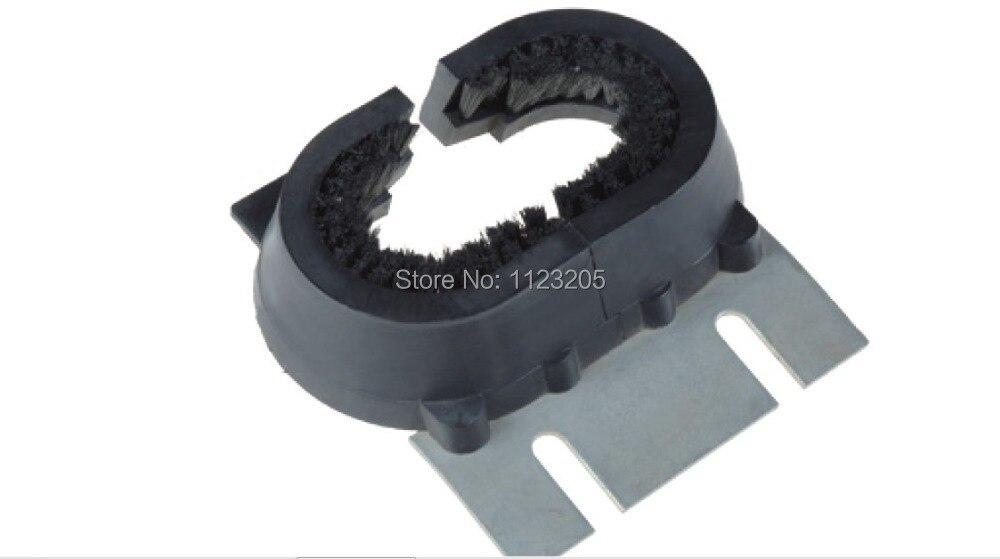 ECO3000 Escalator Handrail Rubber Inlet With Metal bracket & Brush KM3712262 цены