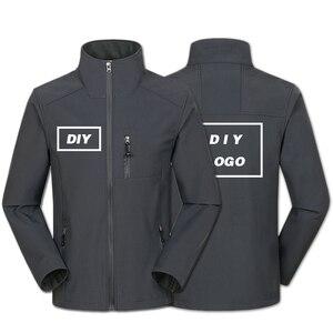Image 2 - Özel Logo tasarım baskılı erkek sonbahar ceketler su geçirmez rüzgar geçirmez ceket fermuar Softshell tasarım kabanlar Tops