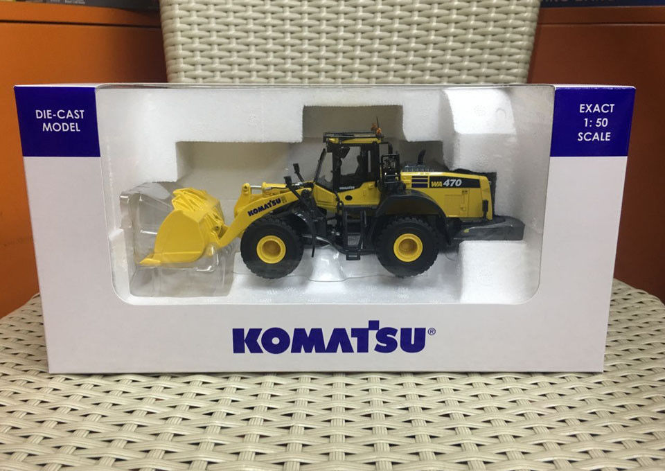 Universal Hobbies Komatsu WA 470-8 Wheel Loader 1:50 Scale Die-Cast Model UH8114 цена
