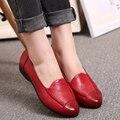 Solos zapatos de cuero de gran tamaño de primavera y otoño las nuevas madres zapatos cómodos, mujeres de mediana edad ocasionales cómodos zapatos planos
