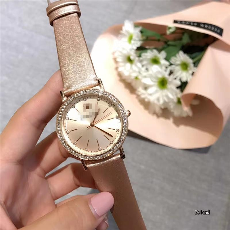 2018 Hot Fashion Quartz Women's Watch Rhinestone Leather Casual Dress Watch Rose Gold Lady Clock relogio feminino montre femme dom fashion quartz women watch rhinestone leather casual dress watches rose gold ladies clock relogio feminino montre femme