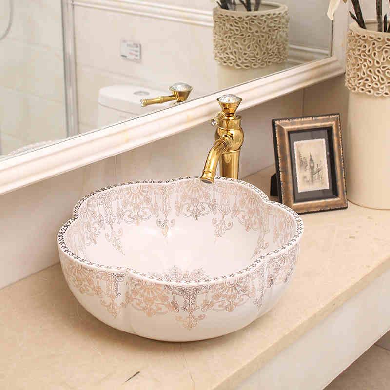 US $215.0 |Weiße farbe Europa Stil Handgefertigten porzellan waschbecken  Blume Form Arbeitsplatte Keramik Badezimmer Becken Waschbecken  waschbecken-in ...