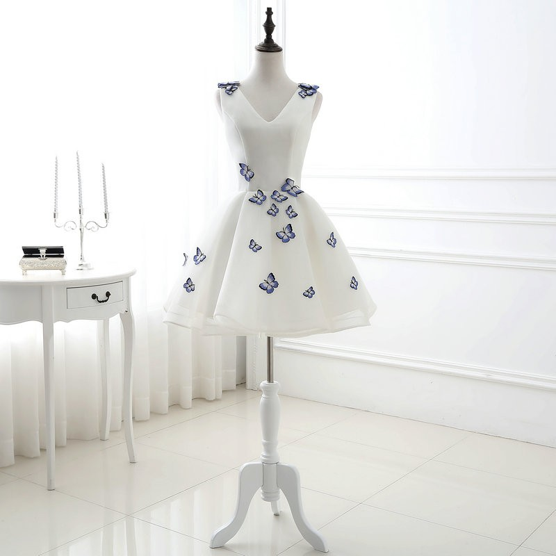Lamya 2017 White Embroidery Butterfly V Neck Short ALine Prom Dresses Cheap Elegant Prom Dress Vestido De Festa In Stock EV2978 (1)