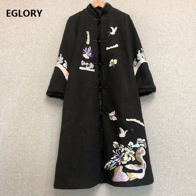 Top Quality Brand Wool Long Outerwear & Coats 2018 Winter Overcoat Women Exquisite Embroidery Single Breasted Wool Blend Coat