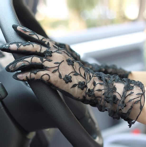 Women's Spring And Summer Driving Gloves Summer Sunscreen Medium Long Gloves Lady's Slip-proof Sexy Lace Glove R375