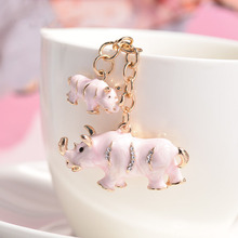 RE New crystal double rhinoceros novelty animal keychain purse bag buckle handbag pendant for car keyring holder women R45