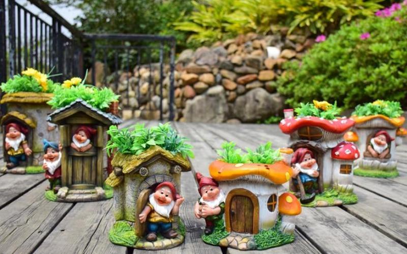 Elf Dwarf Flower Cylinder Decoration (4)