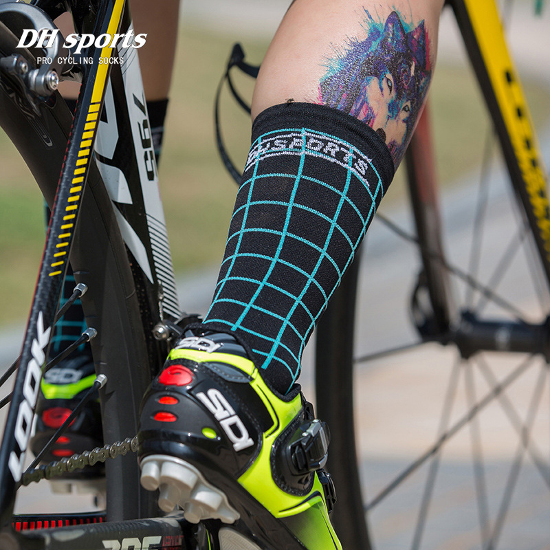 Top Quality Professional Plaid socks Cycling Socks Breathable Bicycle Bike Socks Outdoor Lattice Racing Cycling Sock