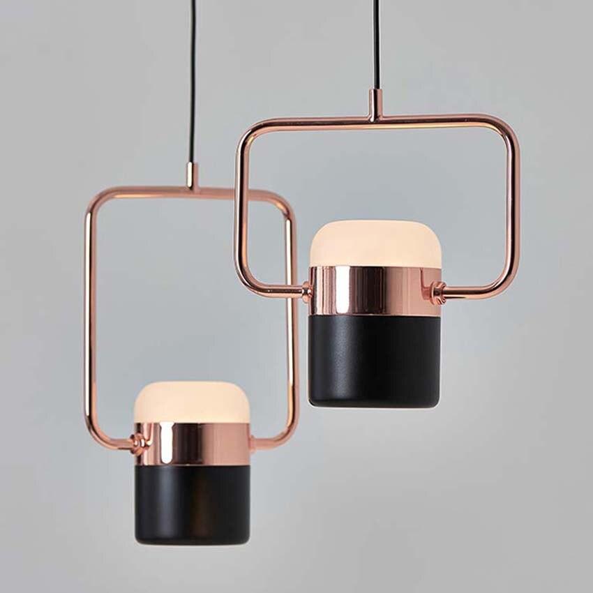 Nouveau pendentif LED postmoderne lumières plaqué or rose en fer forgé nordique simple suspension lampe salle à manger chambre lampe à main lumière