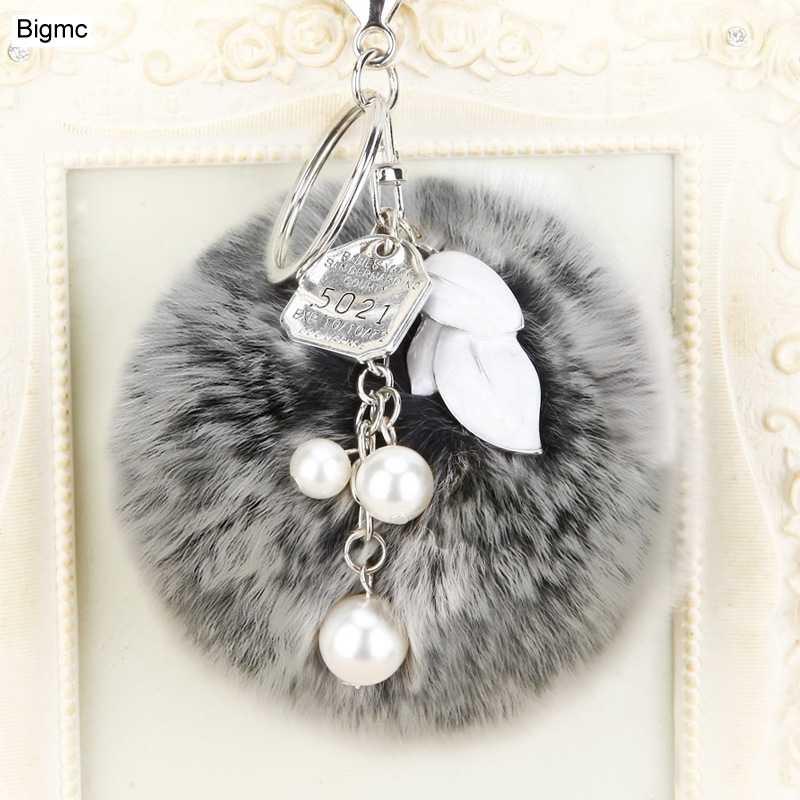 New fashion fur pompom Mulheres Saco Encantos da corrente Chave chave Acessórios anel Melhor Presente jóias chaveiro K1637