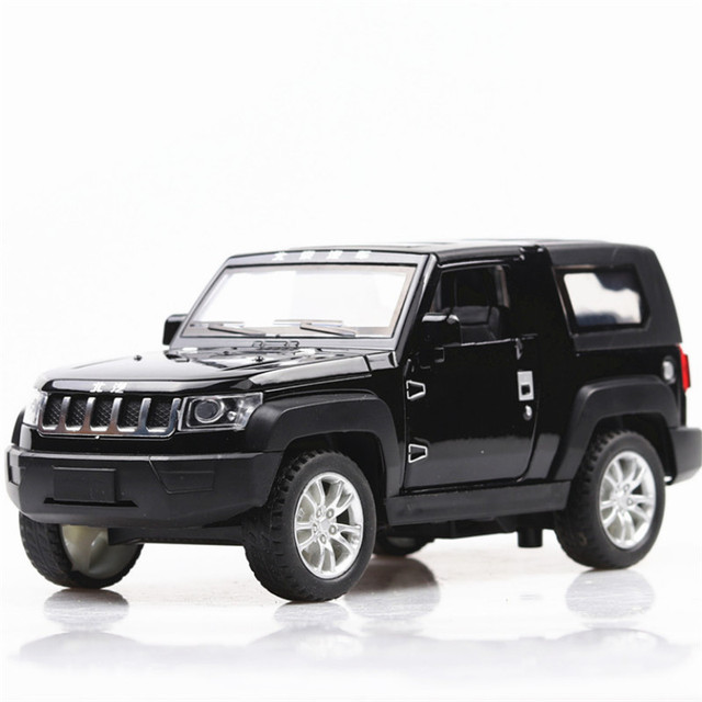 1:32 Toy Car Beijing JEEP Metal Toy Alloy Car Diecasts & Toy Vehicles Car Model Wolf Warriors Model Car Toys For Children