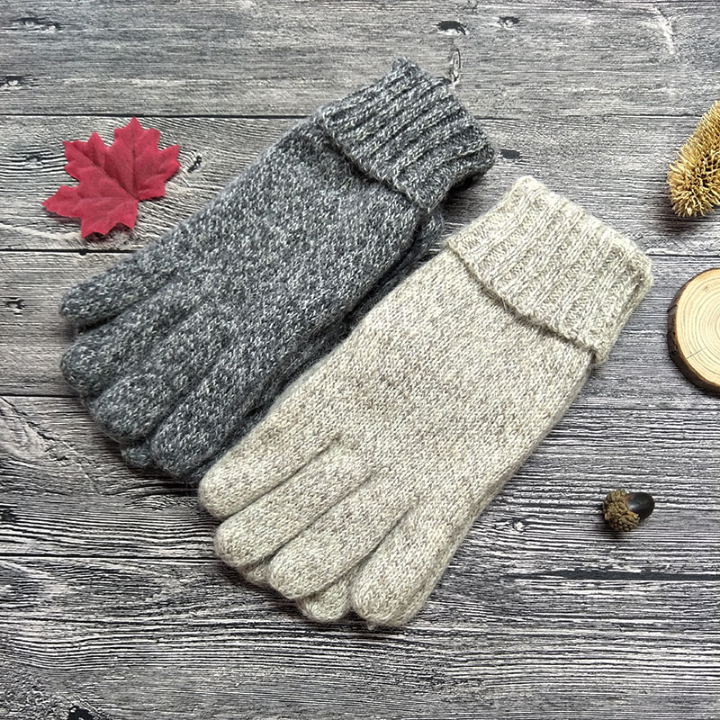 2018 Mens Winter Gloves Warm Knitted Wool Gloves Full Finger Plus Thick Velvet Beige Gray Male Driving Gloves Mittens AGB367