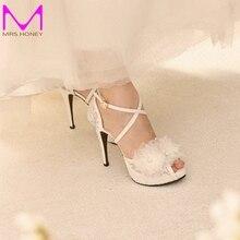 White Lace Ankle Straps Wedding Shoes Handcraft Applique Women Bridal Pumps Evening Party Platforms Heels Sandals Prom Shoes