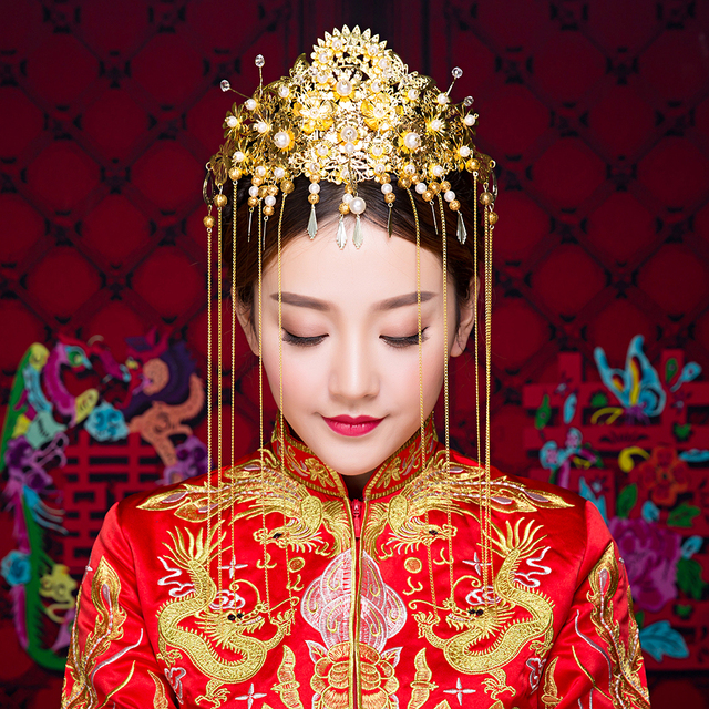 Traditional Chinese Wedding Gifts: Gold Color Queen Hair Stick Chinese Traditional Wedding
