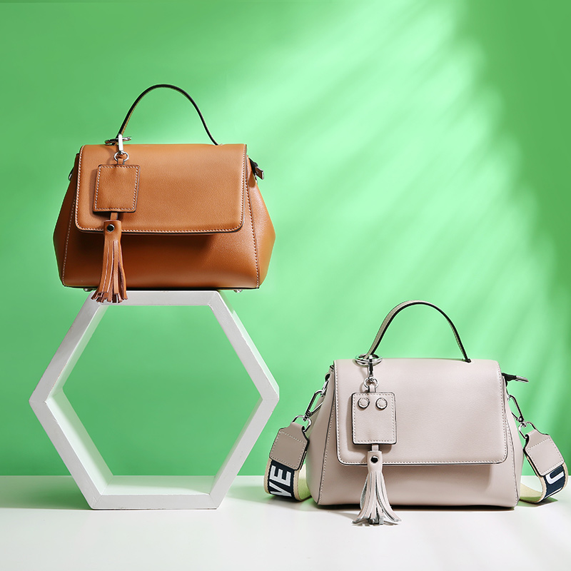 Women's new Korean version of the leather bag-type bag Horizontal models of the casual version of the leather bag-wide shoulder cd smokie the other side of the road new extended version