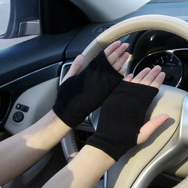 Winter Gloves Women Rhinestone Skull A+ Diamond Crown Half Finger Warm Knitted Black Mittens students Gants Femme 4