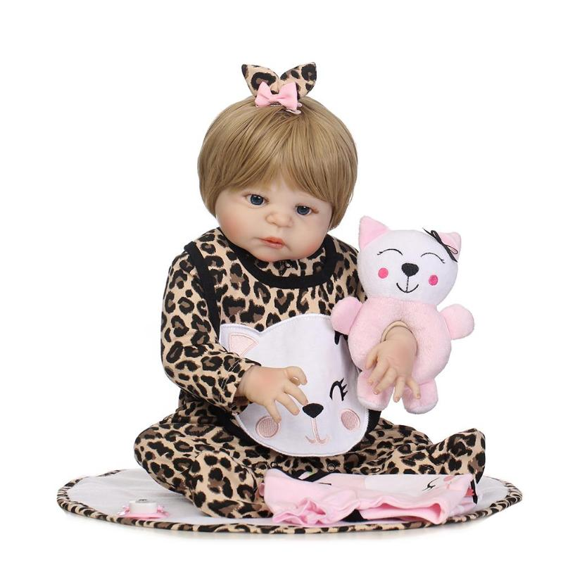 56cm Lovely Simulation Reborn Baby Dolls Soft Silicone Artificial Accompany Kids Girl Toy Lifelike Doll Cute Photographic Prop цена 2017