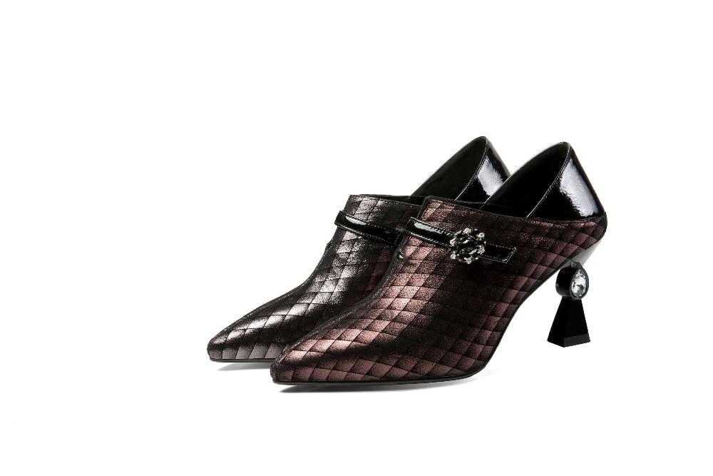 Européen Luxe Pointu De Talons Cuir Grande Mature Supérieure L18 Taille Bout Glissent Moutons Chaussures Qualité Cristal vin En Sur Hauts Noir Robe Rouge Style Femme qEn6A70x