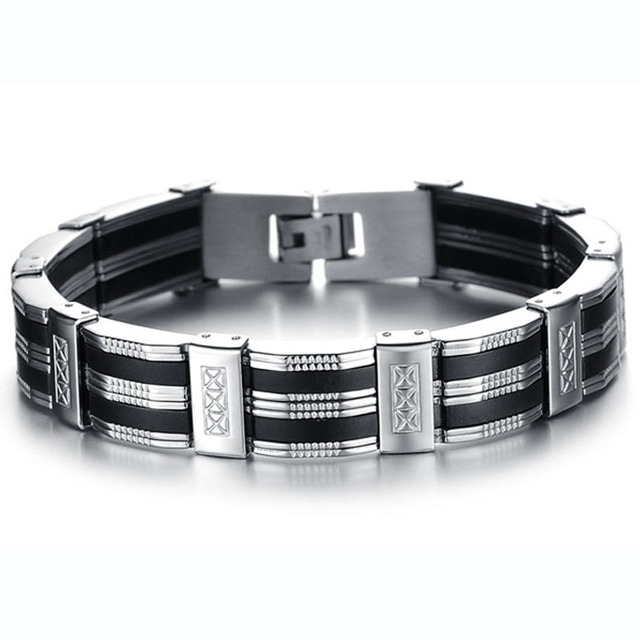 Detailed Titanium Black And Silver Men's Bracelet