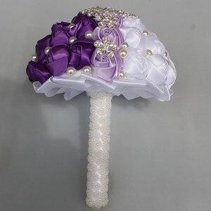 Image 2 - WifeLai EINE Lila Weiß Kristall Hochzeit Rose Blumen Diamant Brosche Hochzeit Bouquets de noiva Kristall Hochzeit Bouquets W240