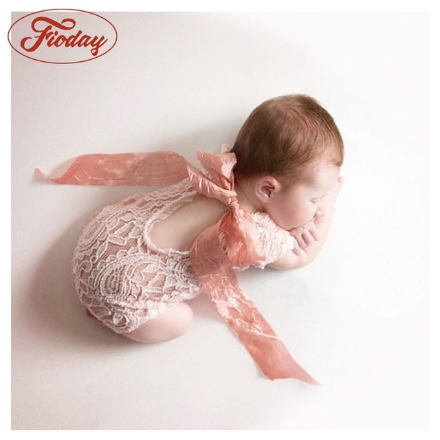 2018 hot sale newborn photography props child romper studio photography accessories lace romper back tie girls