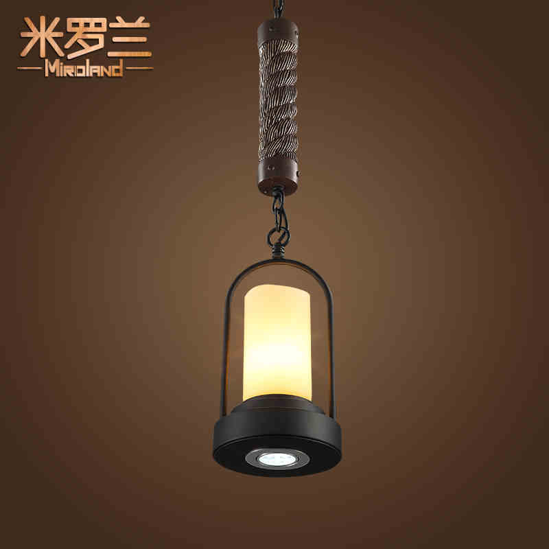 Retro restaurant American country creative industries wind bar single head lamp chandelier chandelier Candlestick European Rope 8 head chandelier wood wooden bottle bar restaurant european style of the ancient american country