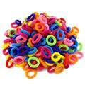 Venta al por mayor 100 piezas de niño niños pelo titulares lindo de banda de pelo elásticos accesorios chica encantos corbata goma de mascar