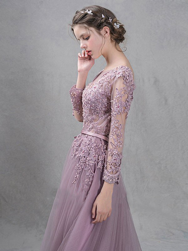 Pale Mauve Scoop Evening Dresses A Line 2018 Lace Long Sleeves Beads V Back  Exquisite Evening Gowns Feathers robe de soiree 3915-in Evening Dresses from  ... f4a8d9505216