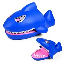 Large Shark Mouth Dentist Bite Finger Game Electric Sounded Luminescent Funny Novelty Gag Toy For Kids Children Play Fun cylindrical ferrofluid anti stress toys magnetic liquid ferrofluid liquid display funny novelty gag toy kids children play fun