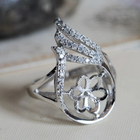 High Quality 925 Sterling Silver Inlaid Zircon Plating Platinum Adjustable Size Pearl Gem Ring Brace Free