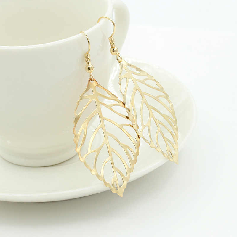 2019 Pendientes Mujer Fashion Wholesale Jewelry Hollow Metal Leaves Dangling Long Statement Drop Earrings For Women Bijoux e223