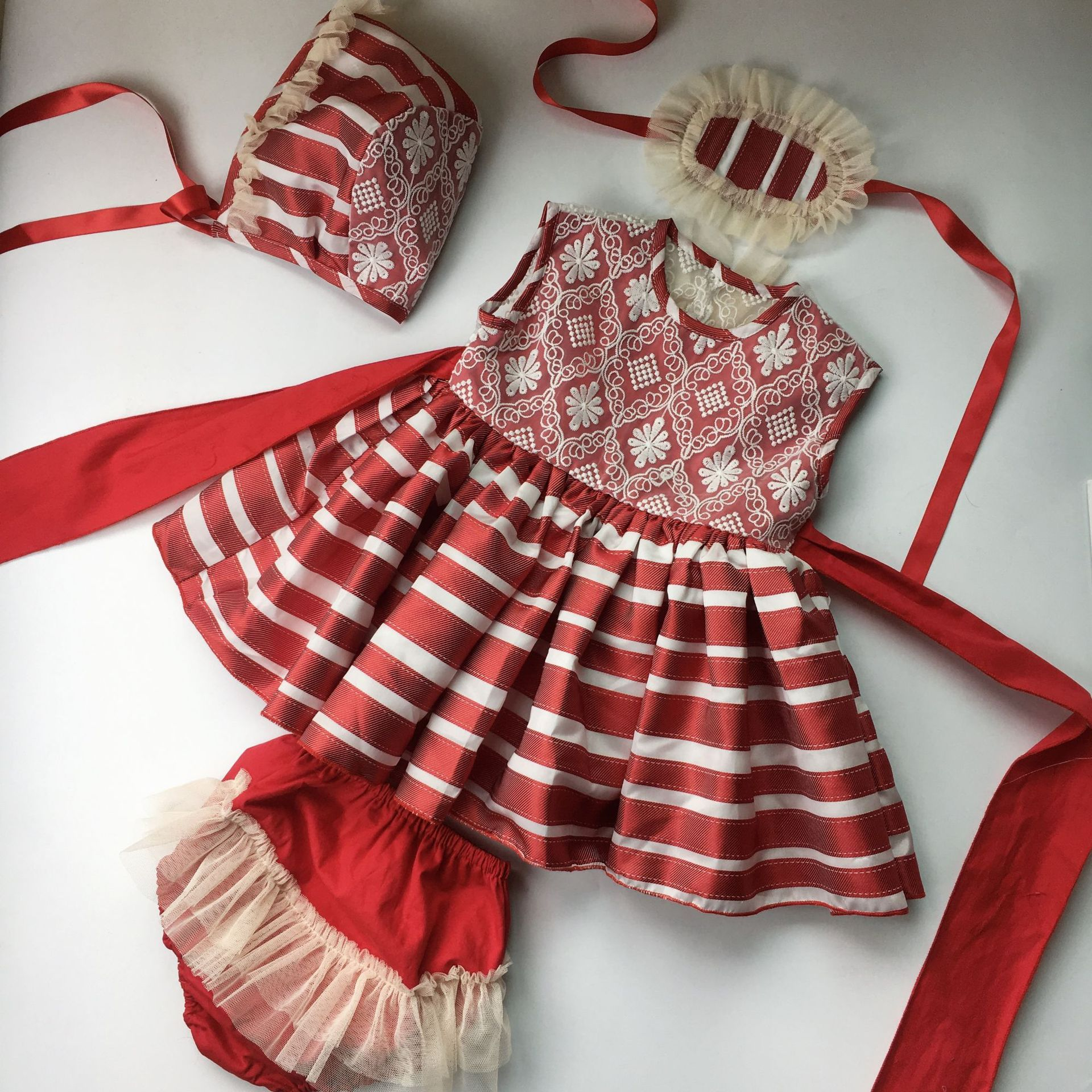 4PCS set baby girl embroidered red dresses kids striped backless princess lace ball gowns dress for party birthday wedding cloth4PCS set baby girl embroidered red dresses kids striped backless princess lace ball gowns dress for party birthday wedding cloth