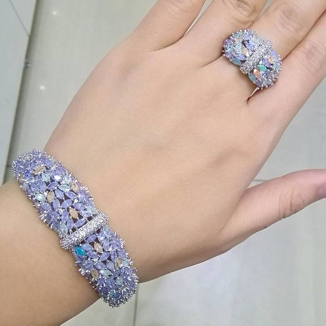 ModemAngel زهور لامعة رقيقة AAA مكعب زركونيا النحاس السعودية دبي مجموعات مجوهرات للنساء Dracelets يتدلى خاتم الزفاف