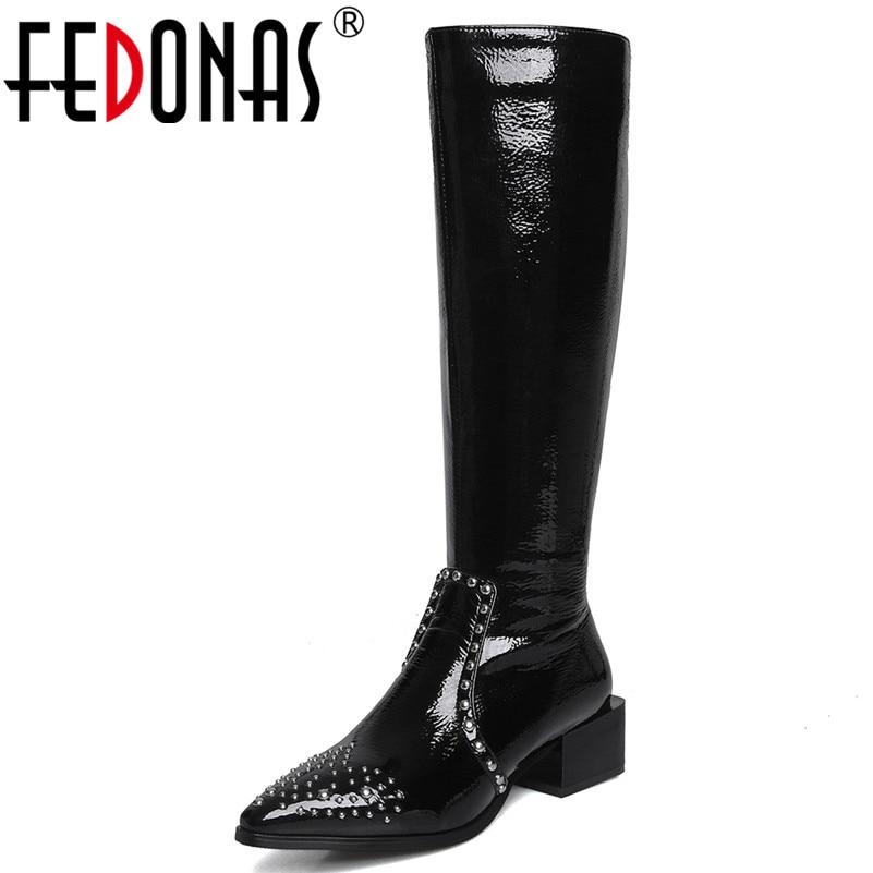 FEDONAS الأزياء فاسق وأشار اصبع القدم كعوب منخفضة النساء حذاء برقبة للركبة Blingbling براءات حذاء طويل لركوب الدراجات النارية من الجلد حزب النادي الليلي أحذية-في بوت للركبة من أحذية على  مجموعة 1