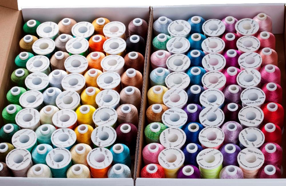 도매 120 모듬 색상 100% 폴리 에스터 자수 스레드 1000 m/스풀 무료 배송-에서실부터 홈 & 가든 의  그룹 1