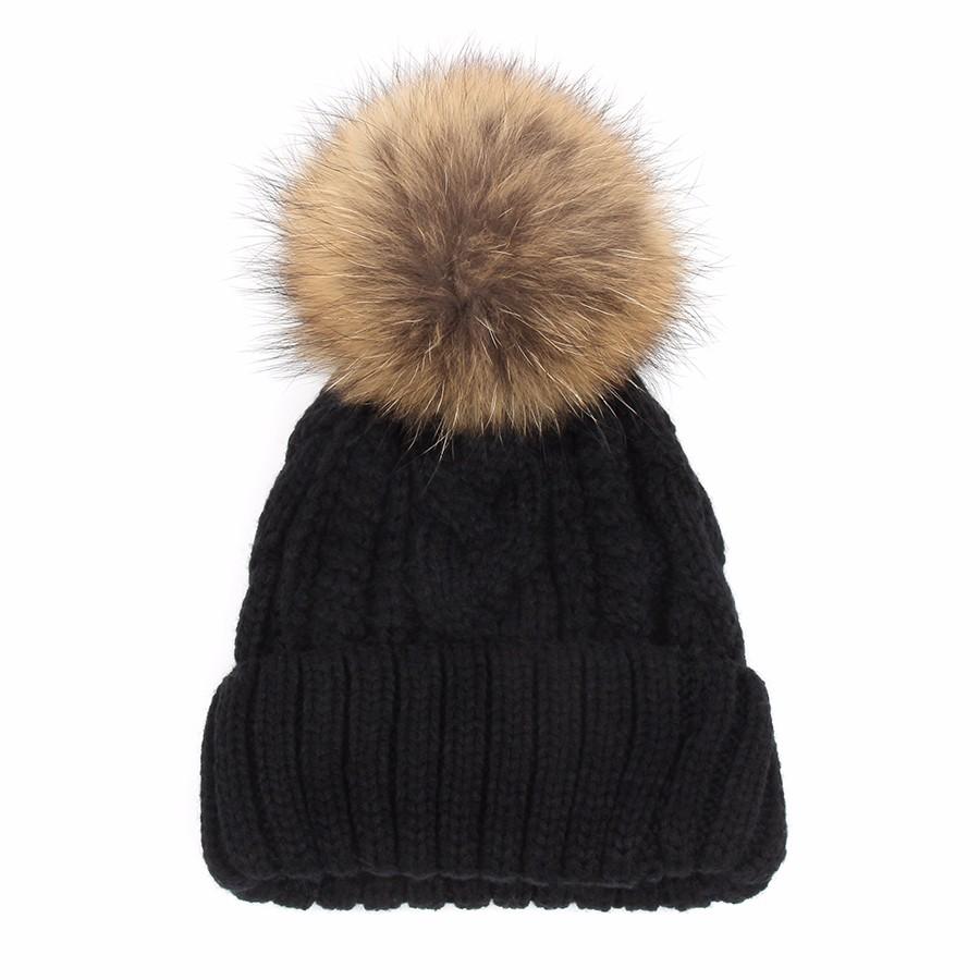 hat female CAP6A18  (9)