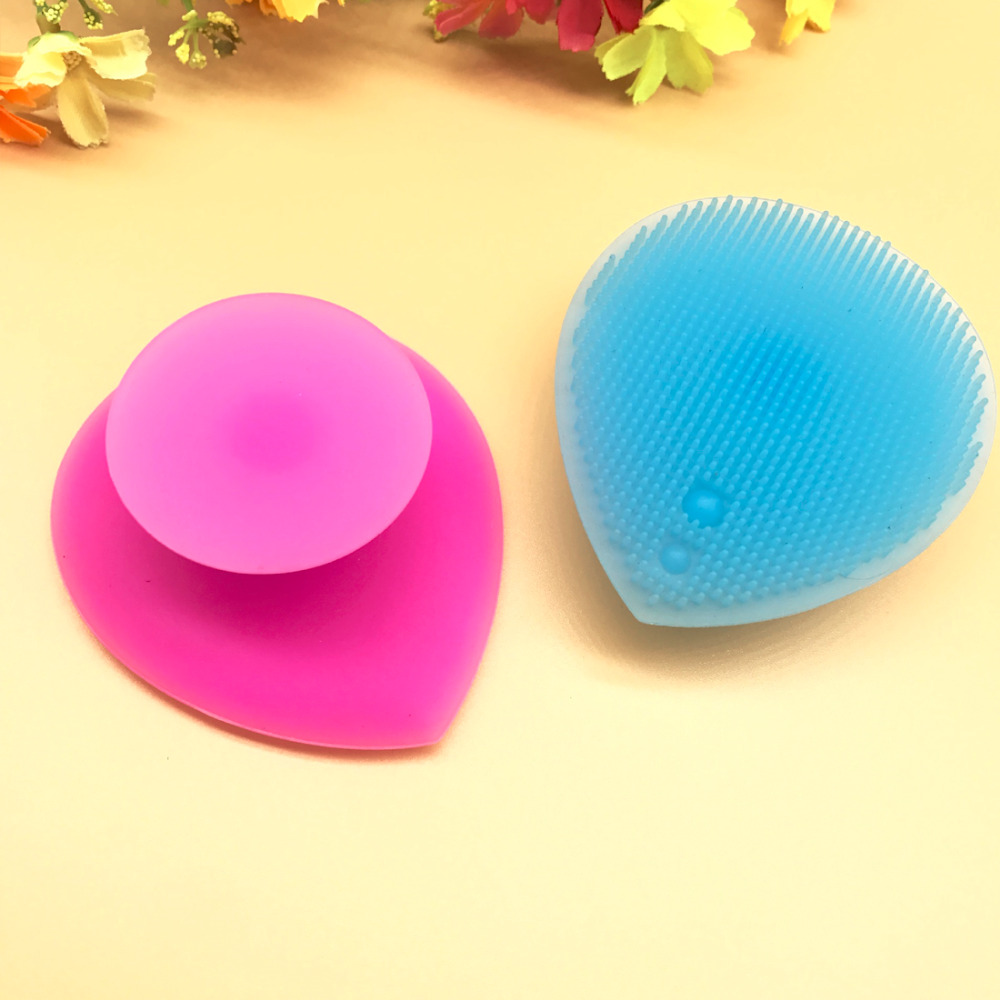 Silicone Heart Shaped Face Washing Brush Facial Cleaning Pad Exfoliating SPA Skin Scrub Random Color