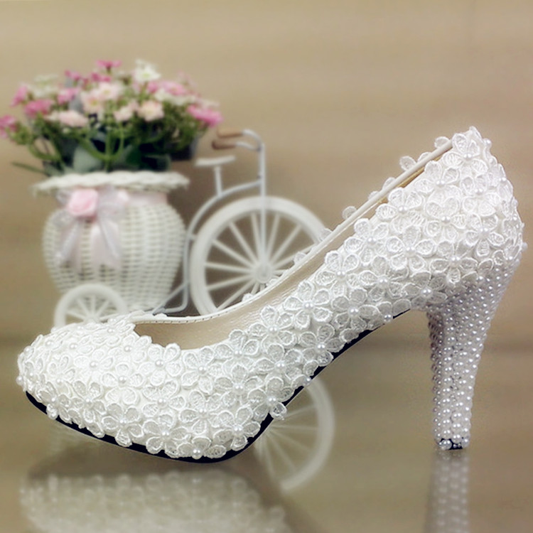 ФОТО Free shipping Lace Flower Wedding Shoes White Pearl platform high-heeled Bridal Shoes married single Shoes 8CM large size 41-42