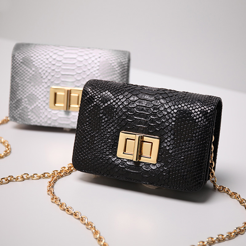 1e75c49f3f Women Messenger Bags PU Leather Crossbody Flap Bag Python Embossed Chain  Small Casual Shoulder Bag Girls Gifts Serpentine Design