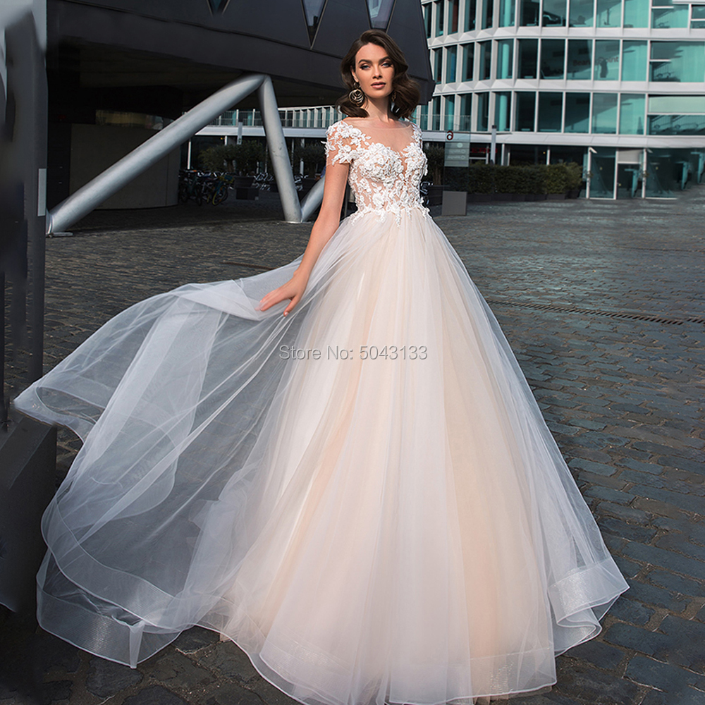A Line Scoop Lace Appliques Wedding Dresses 2019 Sexy Backless Floor Length Tulle Bride Wedding Gowns Short Sleeves Vestidos