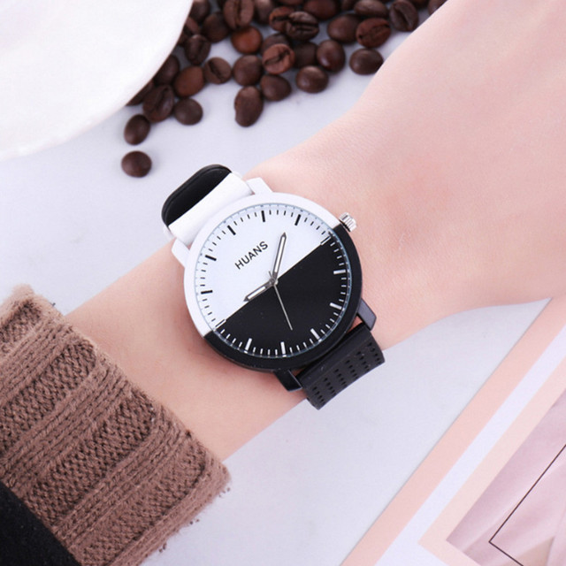 Men's Women's Personality Circular Dial Silica Gel Quartz Lovers Watch Fashion C