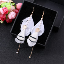 Badu White Feather Earring Bohemian Long Drop Dangle Tassel Earrings for Women Vintage Jewelry Christmas Fashion Wholesale