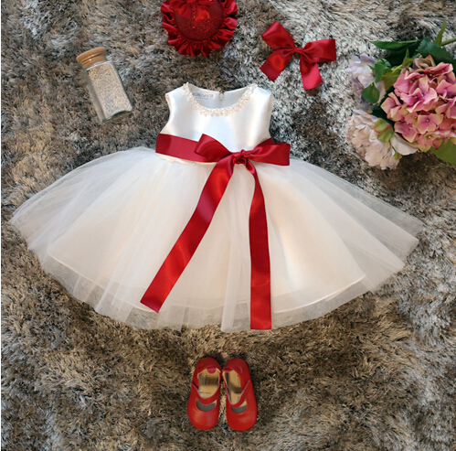 Cute White knee-length Flower Girl Dresses For prom party 1 year birthday baby tutu dress With red sash and pearls lilac tulle open back flower girl dresses with white lace and bow silver sequins kid tutu dress baby birthday party prom gown