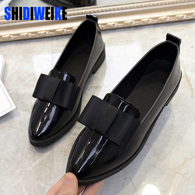 SHIDIWEIKE Classic Brand Shoes Women Casual Pointed Toe Black Oxford Shoes for Women Flats Comfortable Slip on Women Shoes
