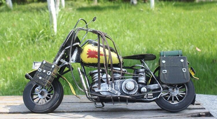 Motorcycle Model Retro Motor Miniature Figurines Handmade Iron Motorbike Decor Gifts Ornament Photography Props