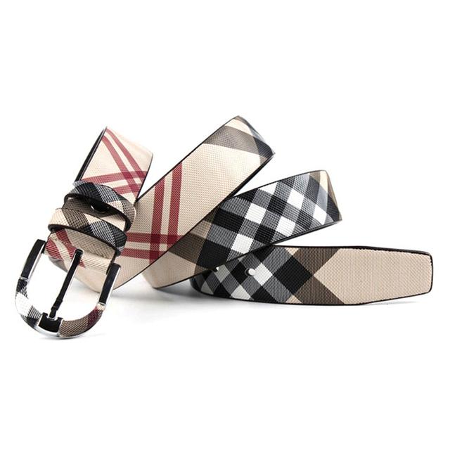 Diseñadores de la tela escocesa Mujeres de la Marca de Lujo de cuero de Vaca Genuino Pin Hebilla de Cinturón de Cuero para Hombre de Alta Calidad Ceinture Homme Feamle Blanco