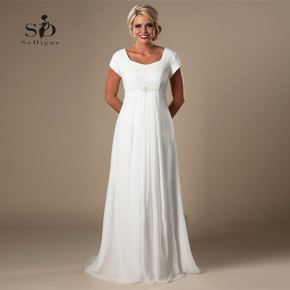 US $72.01 32% OFF Plus size Wedding Dress Lace Informal Lvory Beach  Pregnant Bridal Dress 2018 Short Sleeves Beaded Chiffon Empire Fast  shipping-in ...