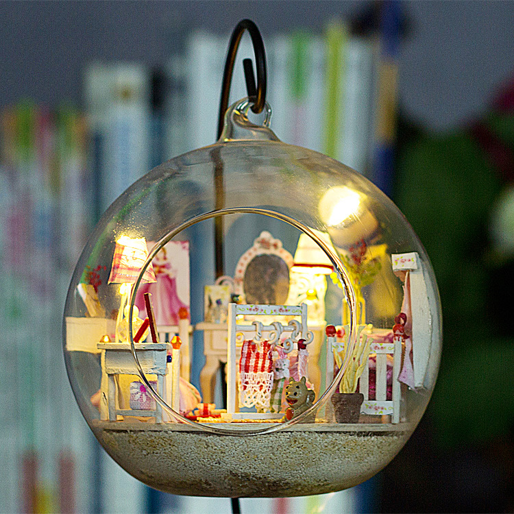 G017 Cute Room Diy Dollhouse Diy Mini Glass Ball House