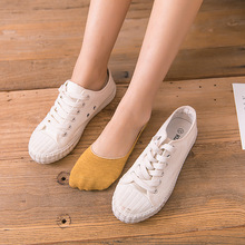 2 pcs/1 pairs women spring summer invisible socks candy color silicone non-slip shallow mouth female slipper socks 1 2 pairs of high heeled shoes cushion non slip silicone embellished invisible insole with heel socks