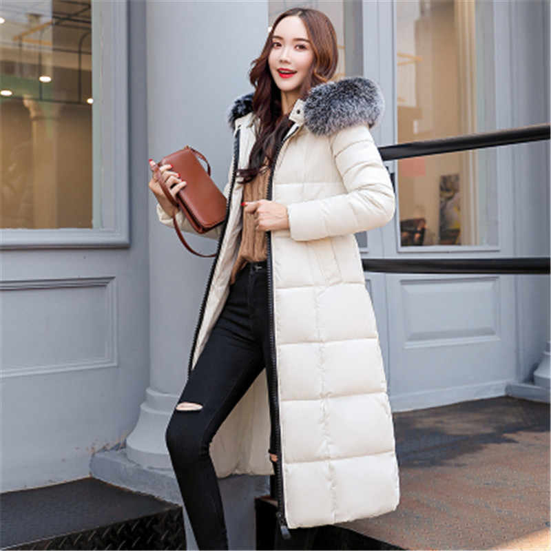 ad43d58b48fd 2018 г. модные зимние пальто Женская куртка-парка мех пуховик с меховым  капюшоном Утепленные